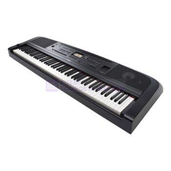 Yamaha DGX 670 88-Key Portable Grand Piano