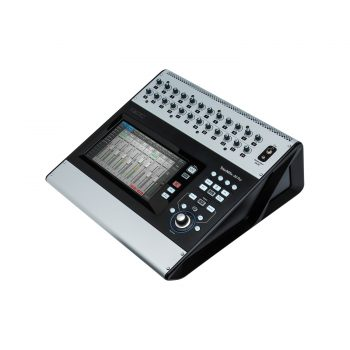 QSC TouchMix-30 Pro Mixer Digital 32 Channel